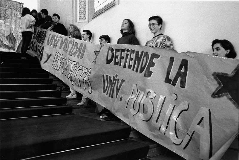 Protesta en el Paraninfo