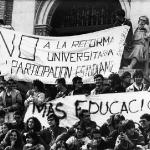 Huelga Universidad. Pancarta en Paraninfo